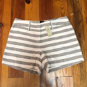 Ann Taylor Shorts Size 4. New with Tags